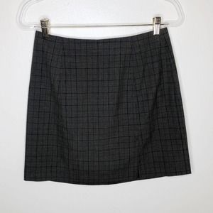 Old Navy Charcoal Gray Plaid Skirt